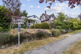 Photo 2: 4049 W 35TH Avenue in Vancouver: Dunbar House for sale (Vancouver West)  : MLS®# R2603172
