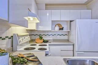 """Photo 10: 212 3638 W BROADWAY in Vancouver: Kitsilano Condo for sale in """"Coral Court"""" (Vancouver West)  : MLS®# R2543062"""