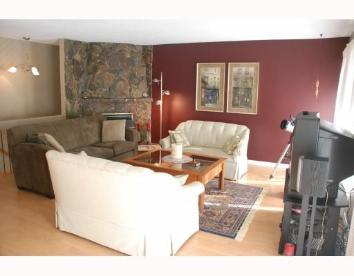 """Photo 4: Photos: 3267 SAMUELS Court in Coquitlam: New Horizons House for sale in """"NEW HORIZONS"""" : MLS®# V796976"""