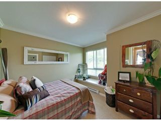 """Photo 12: 112 18777 68A Avenue in Surrey: Clayton Townhouse for sale in """"COMPASS"""" (Cloverdale)  : MLS®# F1312548"""