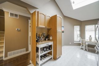 """Photo 12: 106 9045 WALNUT GROVE Drive in Langley: Walnut Grove Townhouse for sale in """"BRIDLEWOODS"""" : MLS®# R2573586"""