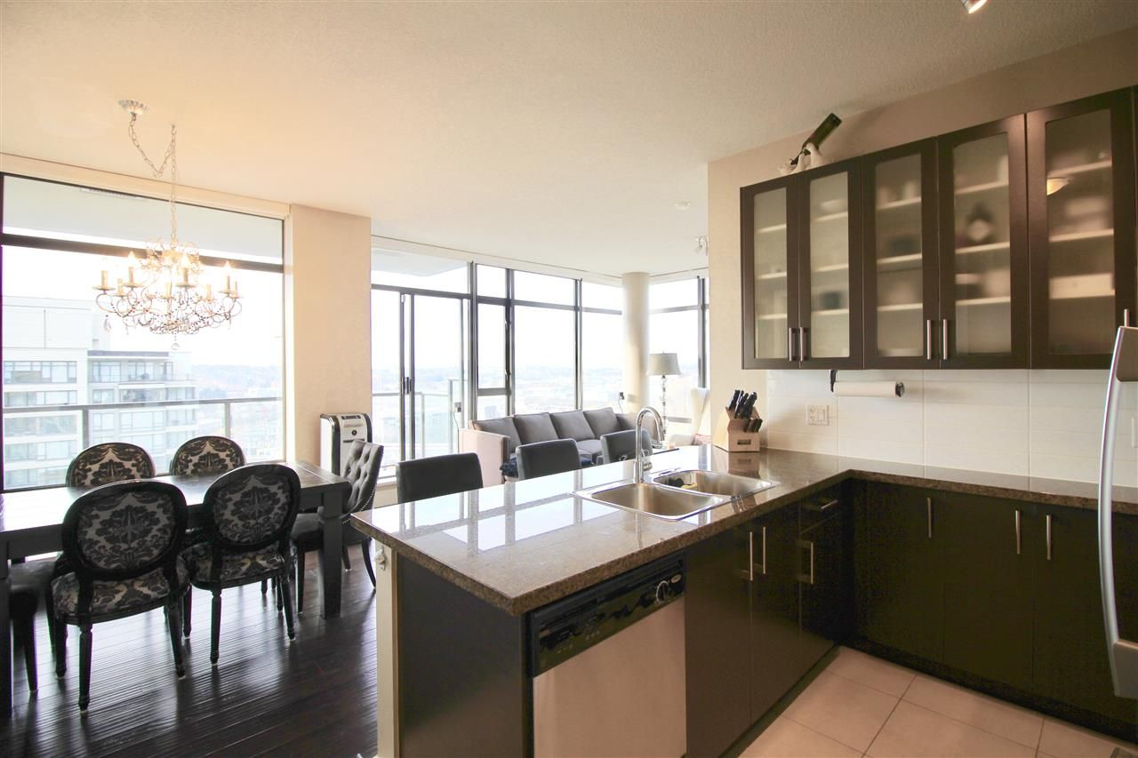 "Main Photo: 1701 4250 DAWSON Street in Burnaby: Brentwood Park Condo for sale in ""OMA2"" (Burnaby North)  : MLS®# R2324594"