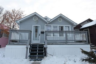 Photo 1: 2241 McTavish Street in Regina: Cathedral RG Residential for sale : MLS®# SK841626