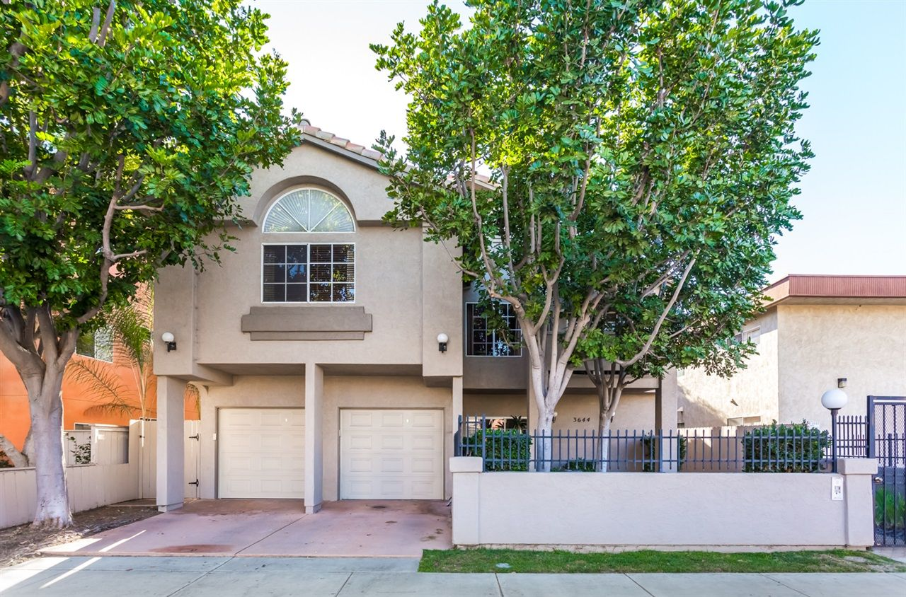 Main Photo: MISSION HILLS Condo for sale : 2 bedrooms : 3644 3rd Ave #3 in San Diego