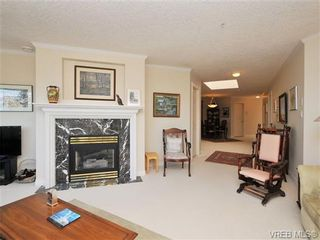 Photo 4: 503 940 Boulderwood Rise in VICTORIA: SE Broadmead Condo for sale (Saanich East)  : MLS®# 689065