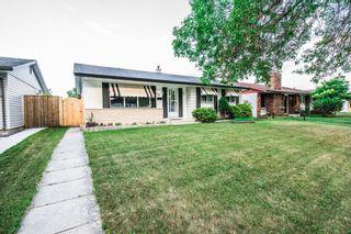 Photo 2: 39 Finestone Street in Winnipeg: Garden Grove Single Family Detached for sale (4K)  : MLS®# 1718386