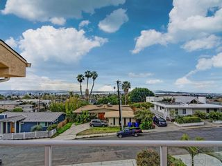 Photo 3: PACIFIC BEACH House for rent : 4 bedrooms : 1820 Malden Street