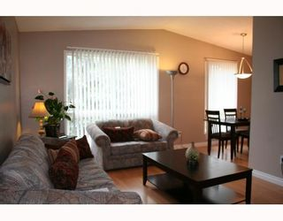 Photo 5:  in WINNIPEG: Fort Garry / Whyte Ridge / St Norbert Residential for sale (South Winnipeg)  : MLS®# 2917894