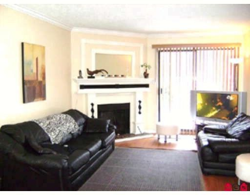 """Main Photo: 14866 HOLLY PARK Lane in Surrey: Guildford Condo for sale in """"HOLLY PARK LANE"""" (North Surrey)  : MLS®# F2900353"""