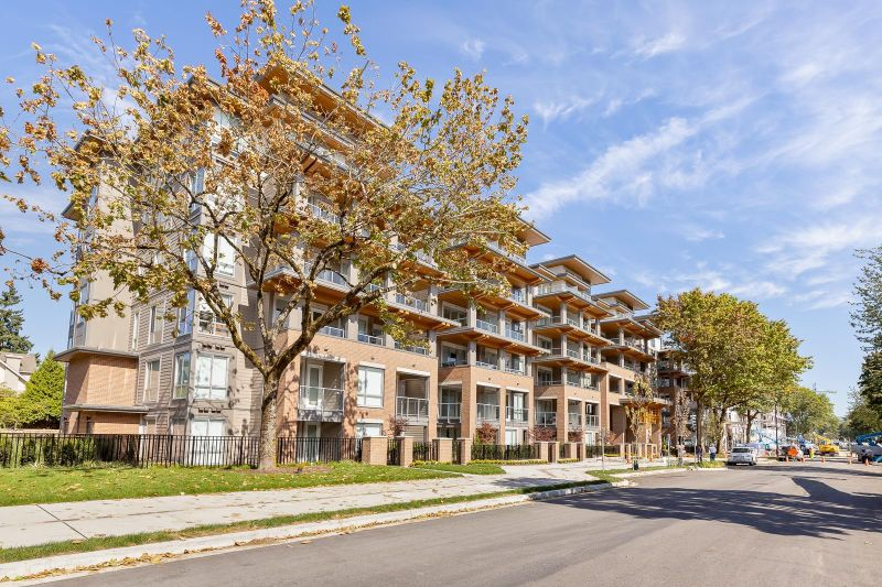 FEATURED LISTING: 308 - 7133 14TH Avenue Burnaby