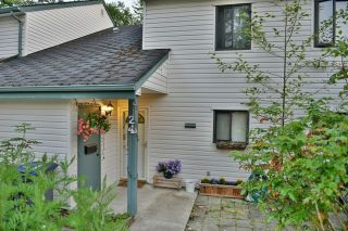"Photo 1: 24 6617 138 Street in Surrey: East Newton Townhouse for sale in ""Hyland Creek"" : MLS®# R2182099"