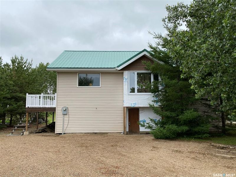 FEATURED LISTING: 421 Vivian Bay Hitchcock Bay
