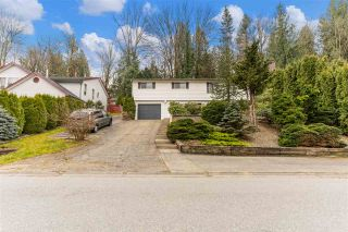 """Photo 1: 2493 CAMERON Crescent in Abbotsford: Abbotsford East House for sale in """"McMillan"""" : MLS®# R2549237"""