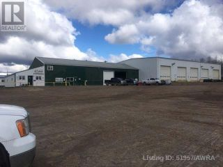 Photo 1: 310 2 AVE in Fox Creek: Industrial for sale : MLS®# AWI51957