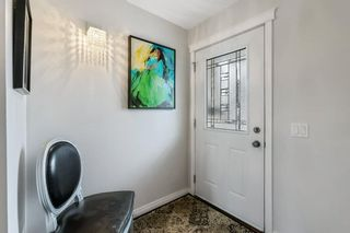 Photo 2: 260 Lynnview Way SE in Calgary: Ogden Detached for sale : MLS®# A1102665