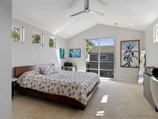 Photo 9: PACIFIC BEACH House for sale : 3 bedrooms : 1261 Diamond Street in San Diego