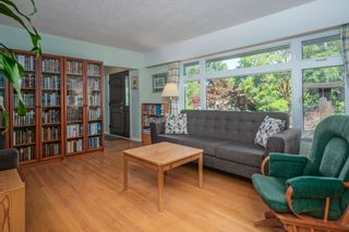 Photo 4: 7515 WRIGHT Street in Burnaby: East Burnaby House for sale (Burnaby East)  : MLS®# R2619144