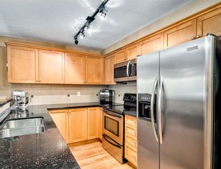Photo 2: 207 9000 BIRCH Street in Chilliwack: Chilliwack W Young-Well Condo for sale : MLS®# R2578028
