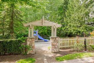 """Photo 5: 61 6747 203 Street in Langley: Willoughby Heights Townhouse for sale in """"SAGEBROOK"""" : MLS®# R2454928"""