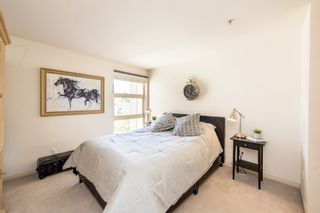 """Photo 14: 606 301 MAUDE Road in Port Moody: North Shore Pt Moody Condo for sale in """"Heritage Grand"""" : MLS®# R2260187"""
