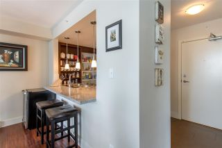 """Photo 5: 1804 2959 GLEN Drive in Coquitlam: North Coquitlam Condo for sale in """"The Parc"""" : MLS®# R2398572"""