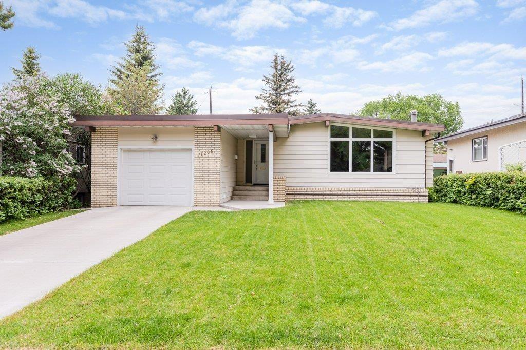 Main Photo: 11208 36 Avenue in Edmonton: Zone 16 House for sale : MLS®# E4249289