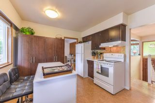 """Photo 7: 10967 JAY Crescent in Surrey: Bolivar Heights House for sale in """"birdland"""" (North Surrey)  : MLS®# R2368024"""