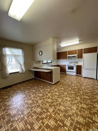 Photo 6: 817 Marr Avenue in Saskatoon: Massey Place Residential for sale : MLS®# SK859438