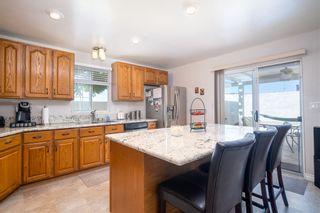 Photo 5: CHULA VISTA House for sale : 3 bedrooms : 314 Montcalm St