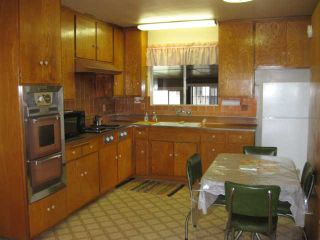 Photo 3: LEMON GROVE House for sale : 3 bedrooms : 1679 Watwood Road