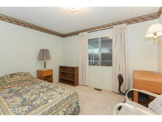 """Photo 15: 106 2303 CRANLEY Drive in Surrey: King George Corridor Manufactured Home for sale in """"Sunnyside"""" (South Surrey White Rock)  : MLS®# R2150906"""