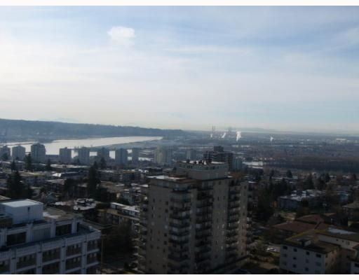 """Main Photo: 1808 615 BELMONT Street in New_Westminster: Uptown NW Condo for sale in """"BELMONT TOWER"""" (New Westminster)  : MLS®# V752808"""