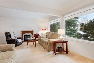 Photo 7: 36 HUNTERBURN Place NW in Calgary: Huntington Hills Detached for sale : MLS®# C4292694