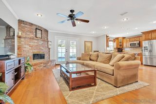 Photo 2: LAKESIDE House for sale : 3 bedrooms : 10347 Aquilla Dr