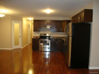 Photo 7: 363 RUTLAND Street in WINNIPEG: St James Residential for sale (West Winnipeg)  : MLS®# 1315826