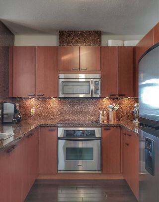 """Photo 11: 1603 11 E ROYAL Avenue in New Westminster: Fraserview NW Condo for sale in """"VICTORIA HILL"""" : MLS®# R2531954"""