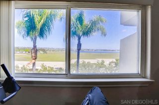 Photo 27: PACIFIC BEACH Condo for sale : 1 bedrooms : 4015 Crown Point Dr #208 in San Diego
