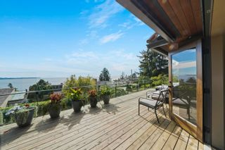 """Photo 7: 14170 WHEATLEY Avenue: White Rock House for sale in """"West Side"""" (South Surrey White Rock)  : MLS®# R2620331"""