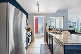 Photo 3: 2701 1188 W PENDER Street in Vancouver: Coal Harbour Condo for sale (Vancouver West)  : MLS®# R2623077