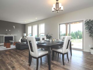 Photo 15: 4060 SOUTHWALK DRIVE in COURTENAY: CV Courtenay City House for sale (Comox Valley)  : MLS®# 724874