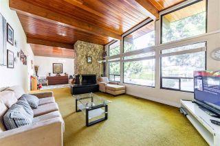 """Photo 5: 9141 156 Street in Surrey: Fleetwood Tynehead House for sale in """"FLEETWOOD/TYNEHEAD"""" : MLS®# R2572264"""