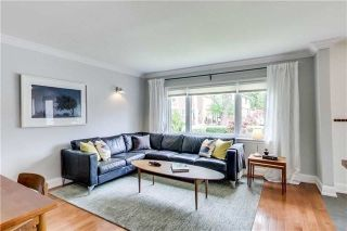 Photo 5: 24 North Edgely Avenue in Toronto: Clairlea-Birchmount House (Bungalow) for sale (Toronto E04)  : MLS®# E4159130