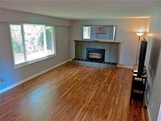 Photo 4: 3228 CEDAR DRIVE: House for sale : MLS®# R2059607