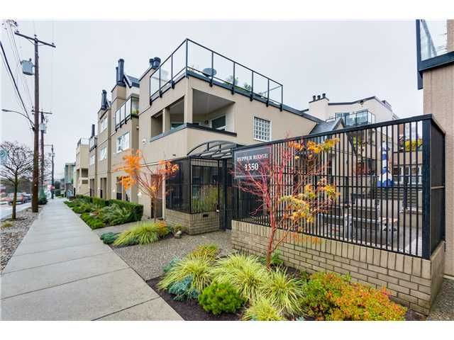 """Main Photo: 17 1350 W 6TH Avenue in Vancouver: Fairview VW Townhouse for sale in """"PEPPER RIDGE"""" (Vancouver West)  : MLS®# V1094949"""