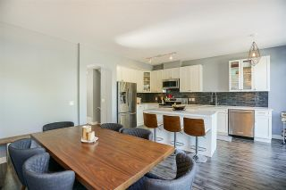 """Photo 11: 6 5950 OAKDALE Road in Burnaby: Oaklands Townhouse for sale in """"Heathercrest"""" (Burnaby South)  : MLS®# R2215399"""