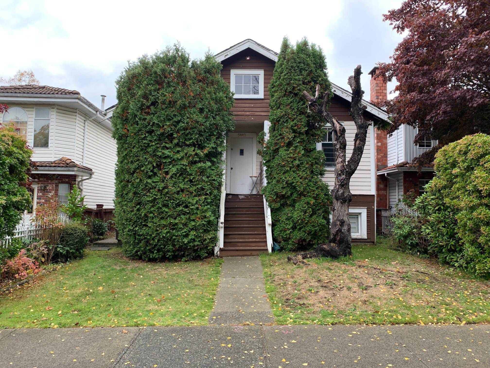 Main Photo: 5883 SOPHIA Street in Vancouver: Main House for sale (Vancouver East)  : MLS®# R2625371