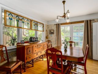 """Photo 4: 3240 W 21ST Avenue in Vancouver: Dunbar House for sale in """"Dunbar"""" (Vancouver West)  : MLS®# R2000254"""