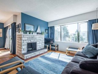 Photo 7: 14485 17 Avenue in Surrey: Sunnyside Park Surrey House for sale (South Surrey White Rock)  : MLS®# R2492269