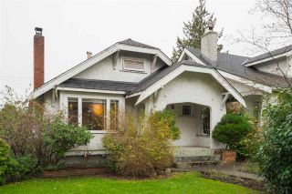 """Photo 1: 2063 NAPIER Street in Vancouver: Grandview VE House for sale in """"Commercial Drive"""" (Vancouver East)  : MLS®# R2124487"""