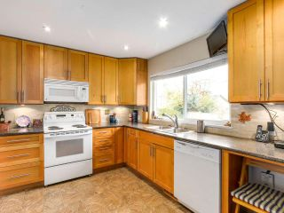 Photo 7: 8471 FAIRHURST Road in Richmond: Seafair House for sale : MLS®# R2141922